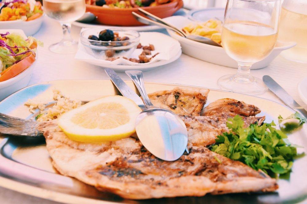 Fresh grilled 'Dourada' | Restaurant O Pescador