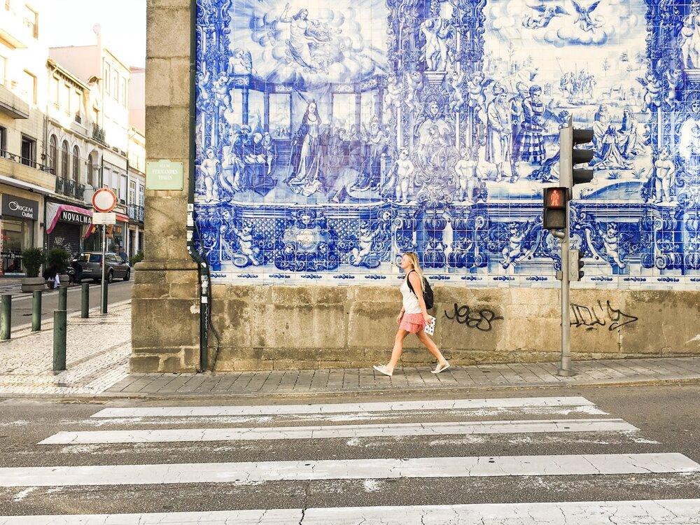 Blue-azulejos-Porto.JPG