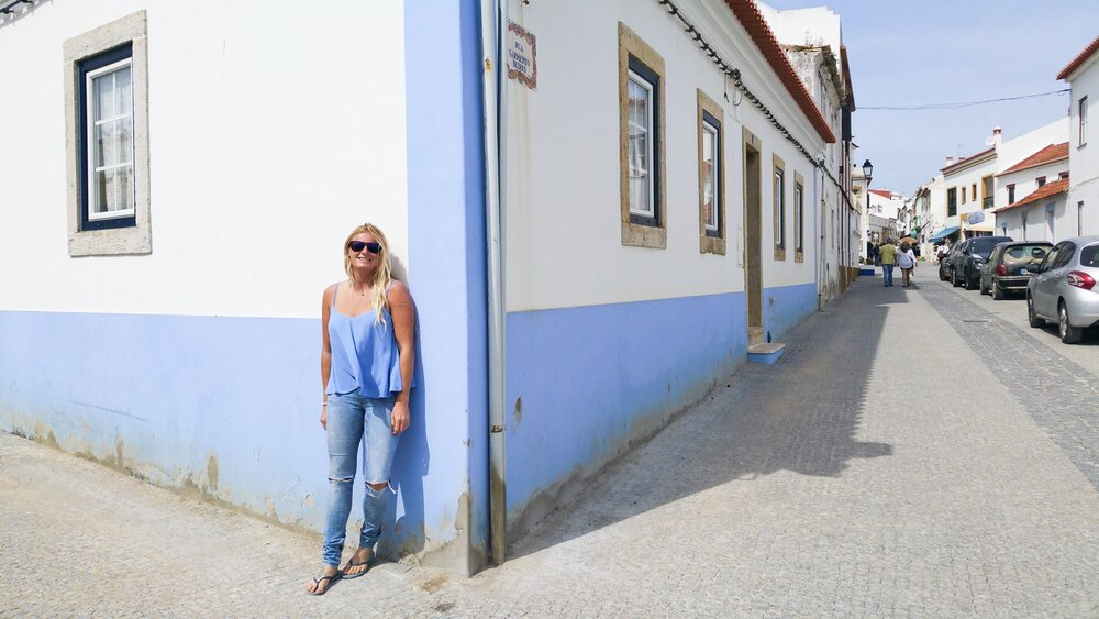 Blue-walls-Portugal.JPG