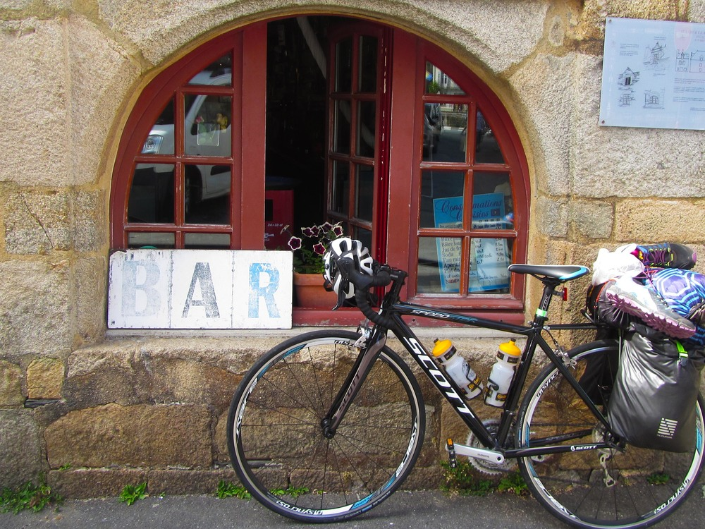 Cycle-touring-brittany-france-bar.jpg