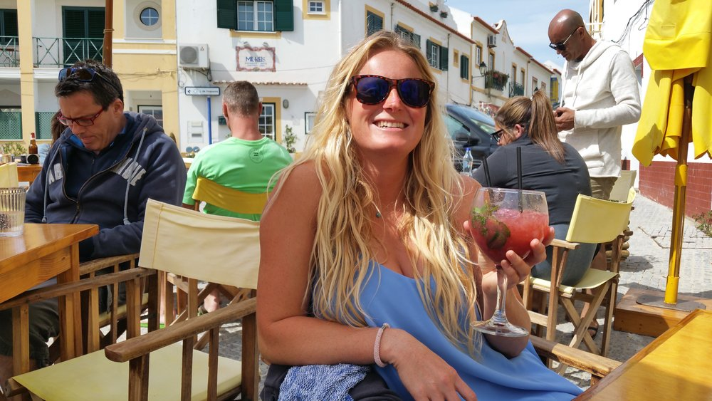 Girl-with-cocktail-portugal.jpg
