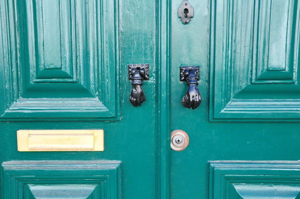 Green-door-Tavira.jpg