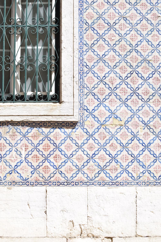 Lisbon-tiles.JPG