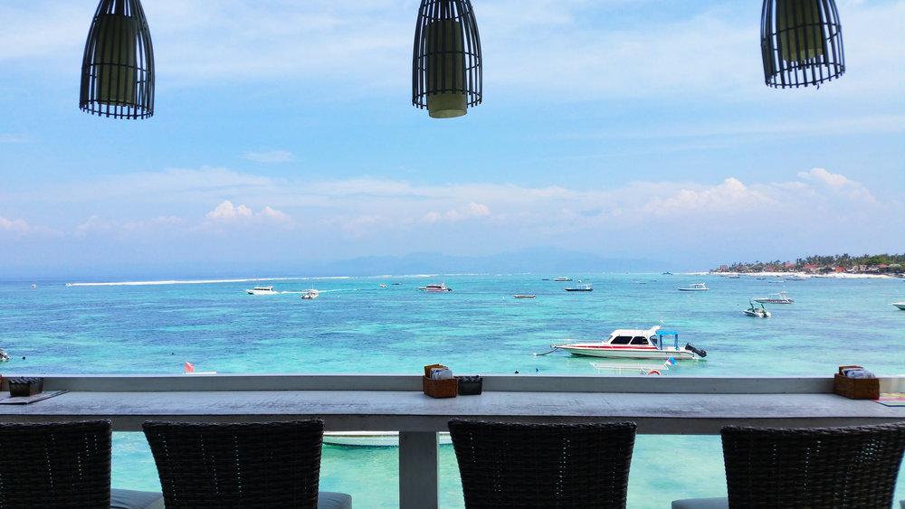Nusa-Lembongan-bars.jpg