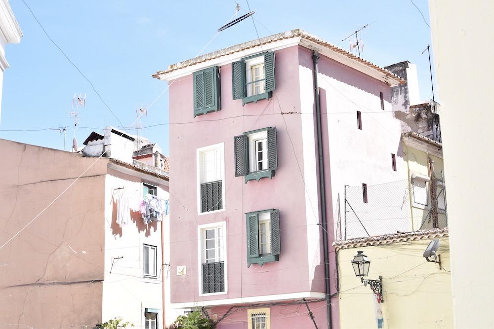 Pink-building-Alfalma-Lisbon.JPG