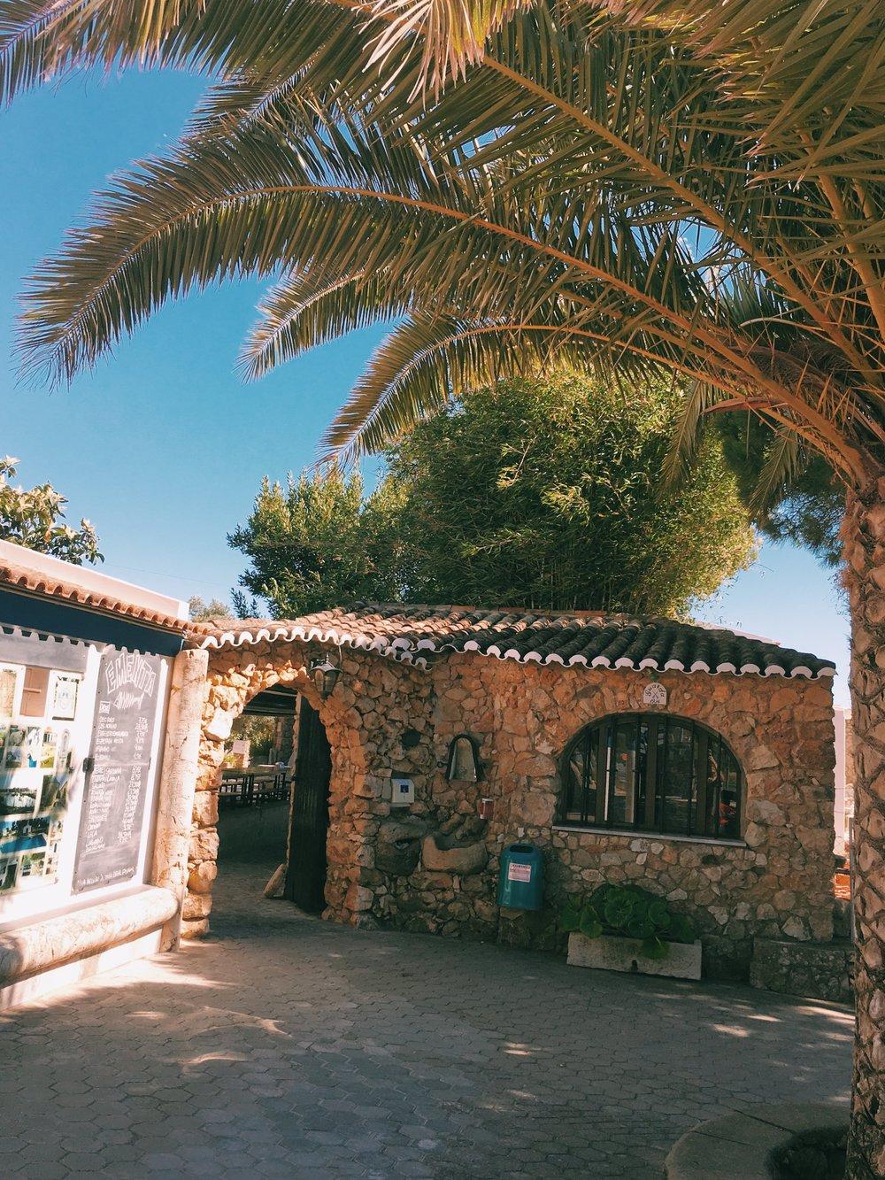 Typical-portuguese-restaurant-lagos.jpg