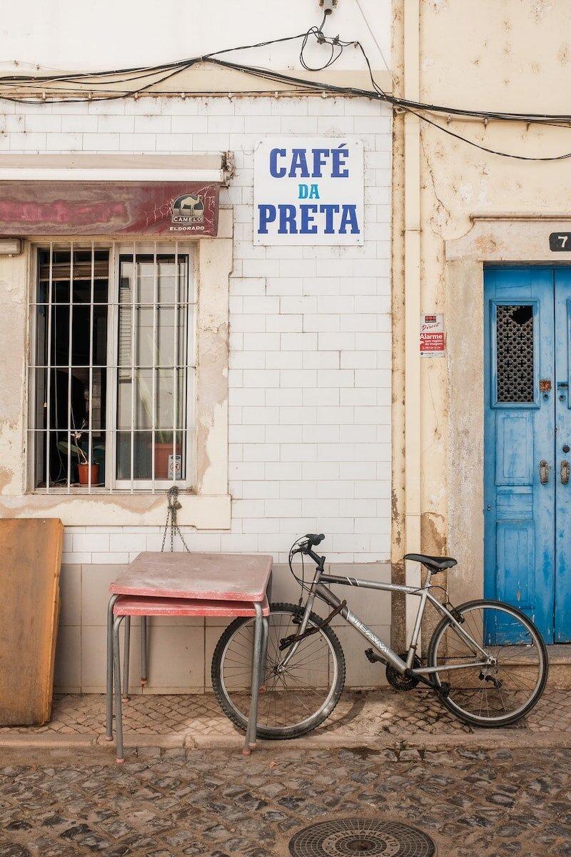 cafe-algarve-portugal.jpeg