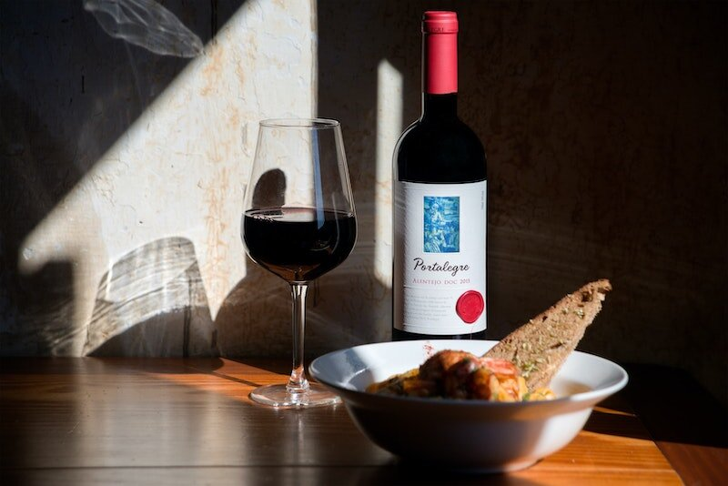 portuguese-wine.jpeg