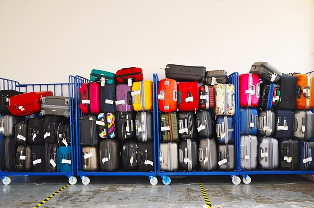 suitcases-in-airport.jpeg
